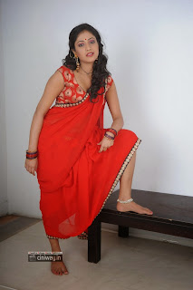 Hari-Priya-Stills-in-Abbai-Class-Ammai-Mass