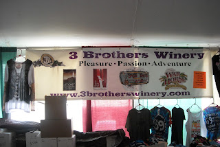 3 Brothers Winery Stand