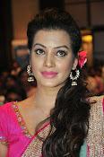 Deeksha Panth new dazzling pics-thumbnail-17