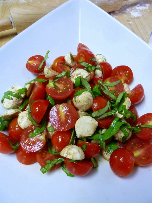 Cookin' Cowgirl: Baby Caprese Salad