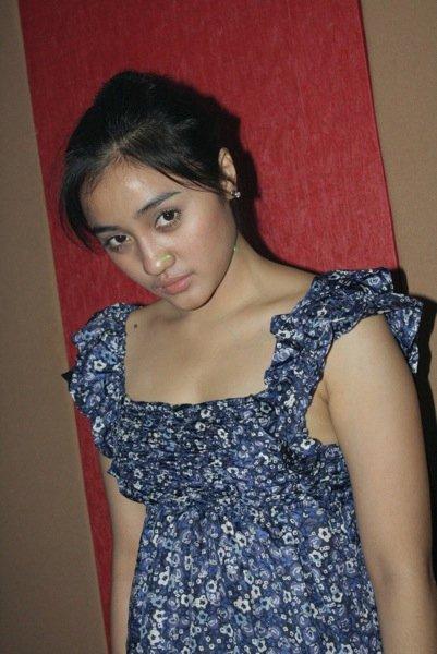 Penti Nur Afiani adalah seorang pemeran sinetron FTV di Indosiar.