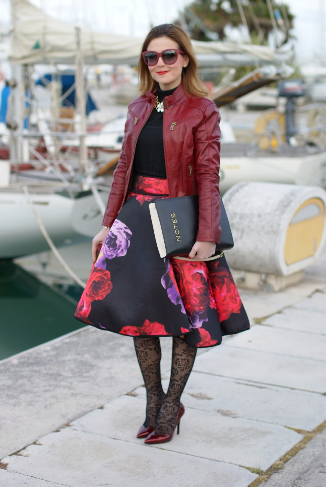 full flower print midi skirt , Moschino notes bag, Fashion and Cookies, fashion blogger