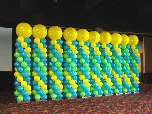 Decoraci n con globos c mo hacer una columna arcos con - Como hacer decoracion con globos ...