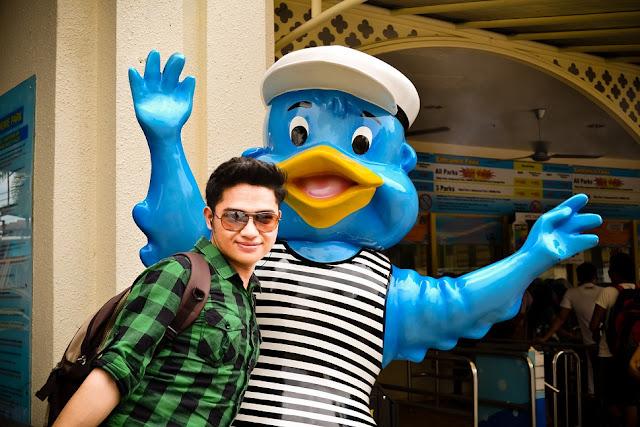 sunway lagoon water park, sunway pyramid, price, theme park, playground, outing, hang out, friendship, cool place, permainan baru, taman tema, concert, tasik buatan, Petaling Jaya, shout awards, duck moscot, tourist, pelancongan, cuti-cuti malaysia