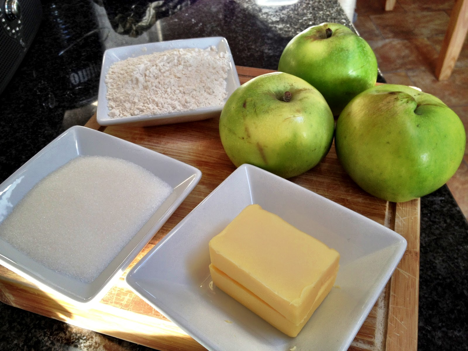 The Key Pieces: Homemade apple crumble