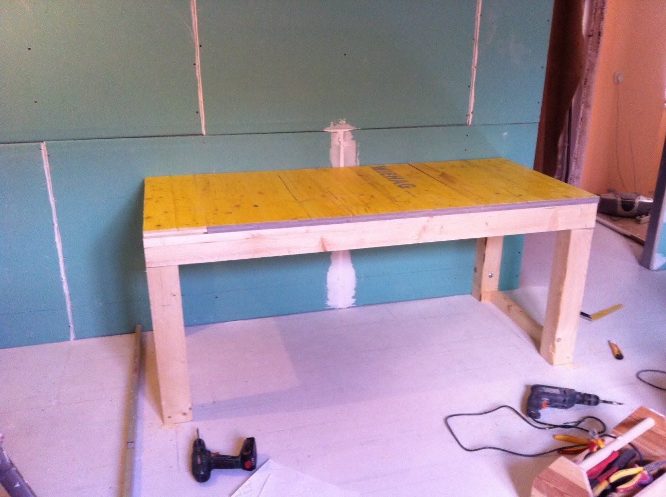 wohnungsrenovierung unterbau f r waschtisch duschwand. Black Bedroom Furniture Sets. Home Design Ideas