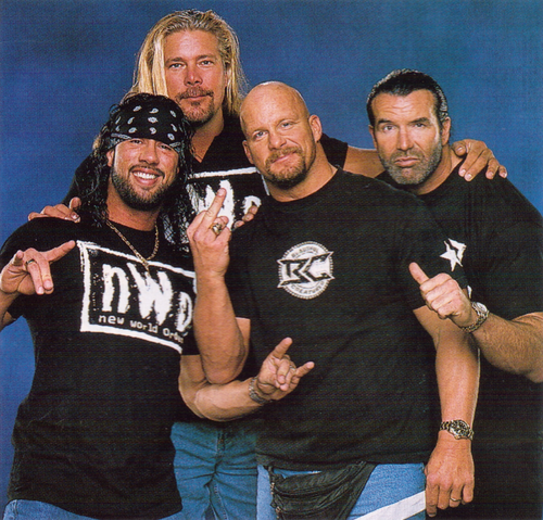 Photo of Kevin Nash & his friend   -