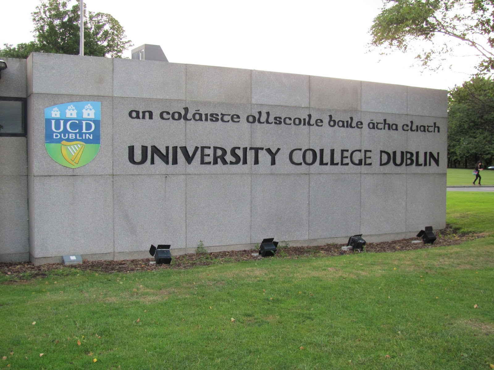 Welcome sign in Irish and English to UCD, Dublin, Ireland