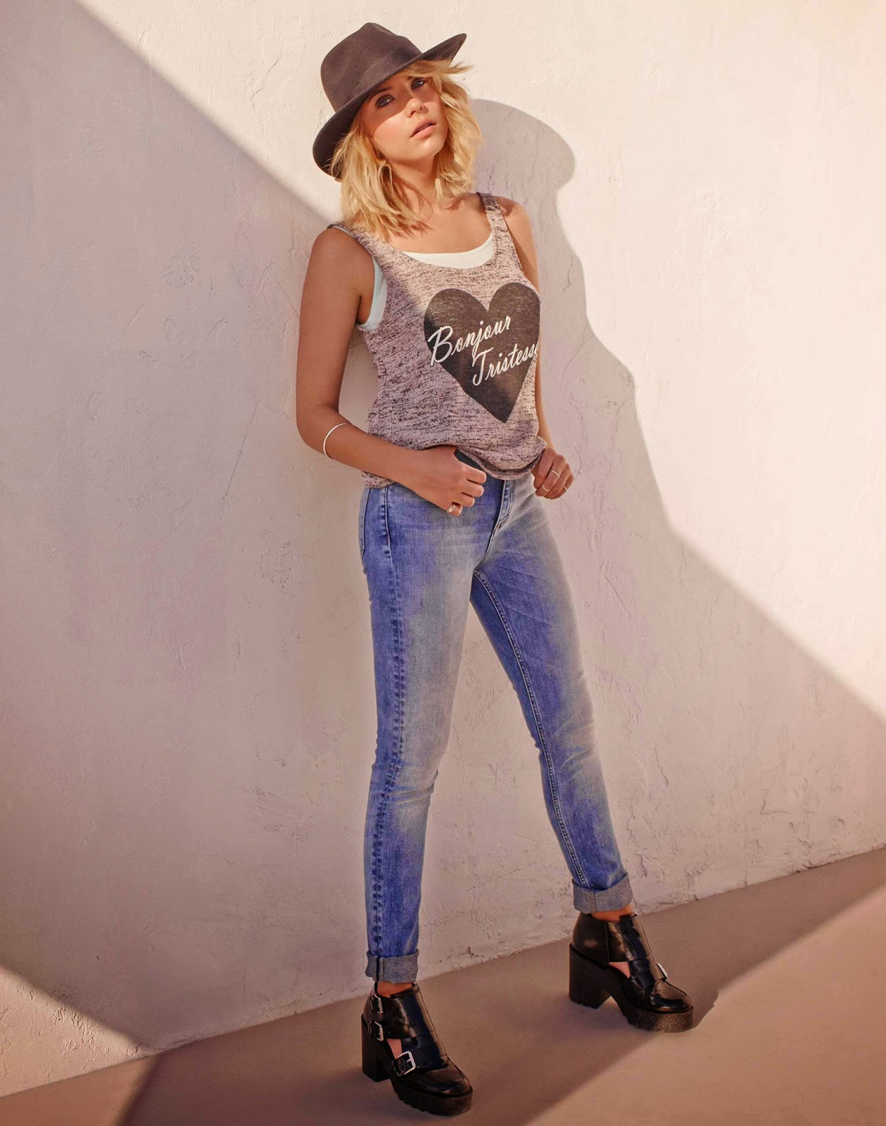 Ashley Benson Noua Vedeta H M New Fashion Life