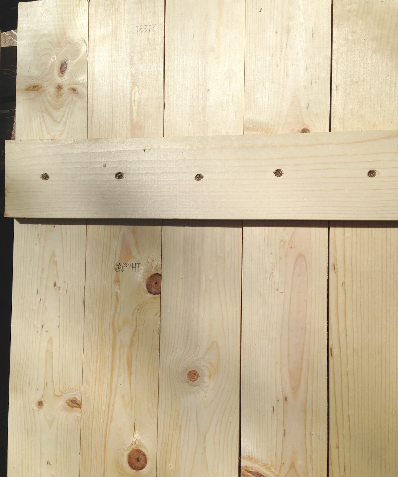 Diy wood shutters tutorial french country cottage for Country shutters