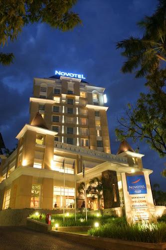 Hotel Novotel Semarang Pemuda