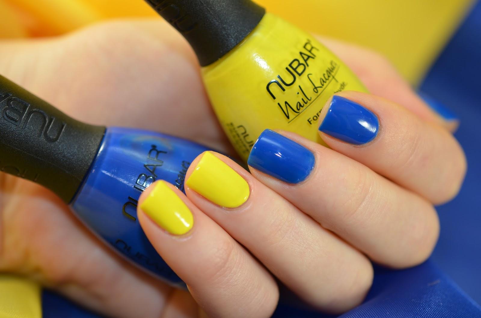 Сочетание синего цвета лака ногтей фото