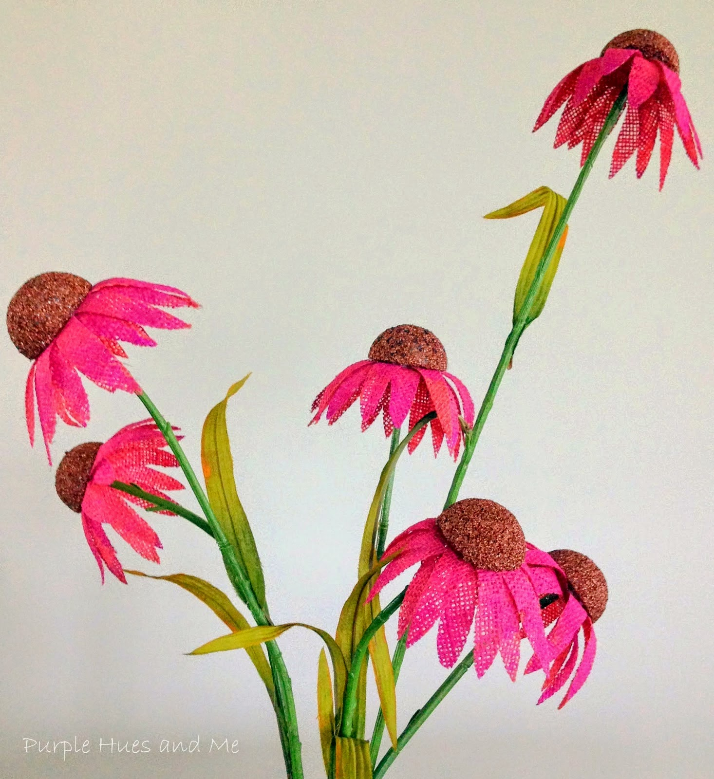 http://plumperfectandme.blogspot.com/2014/08/diy-burlap-purple-coneflowers.html