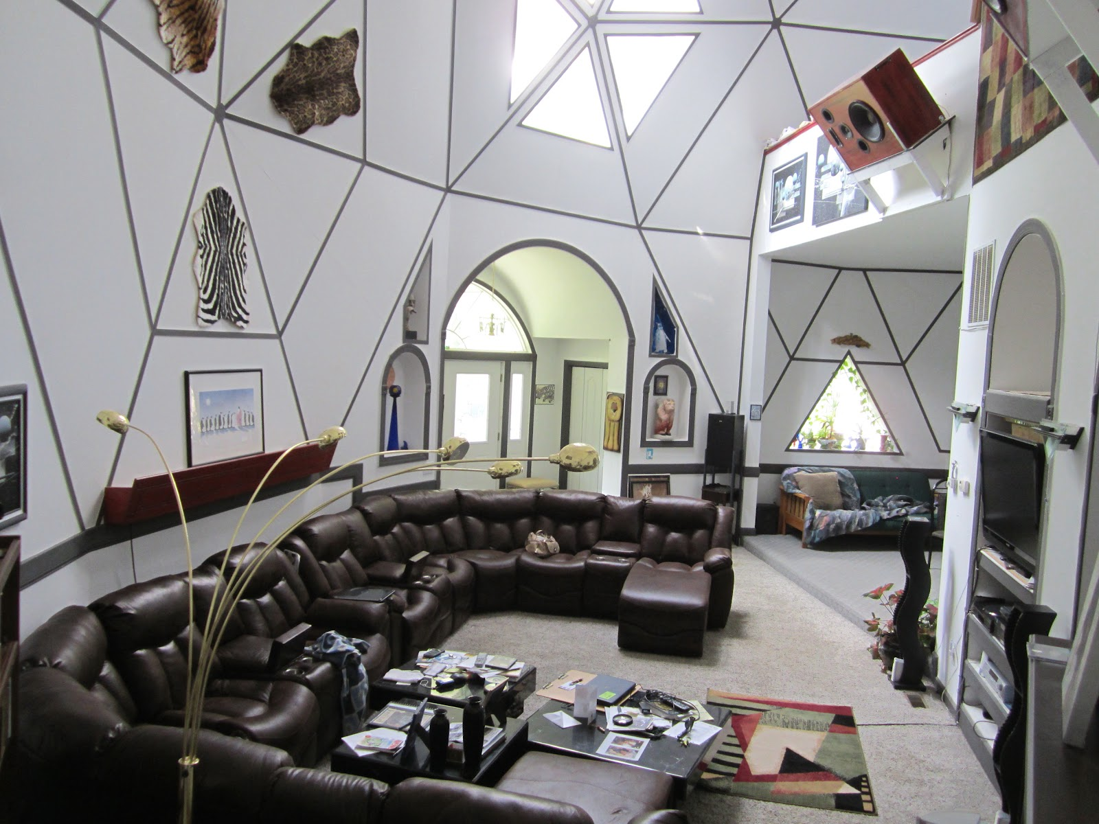 the annandale blog wow houses a dome in annandale acres the living room