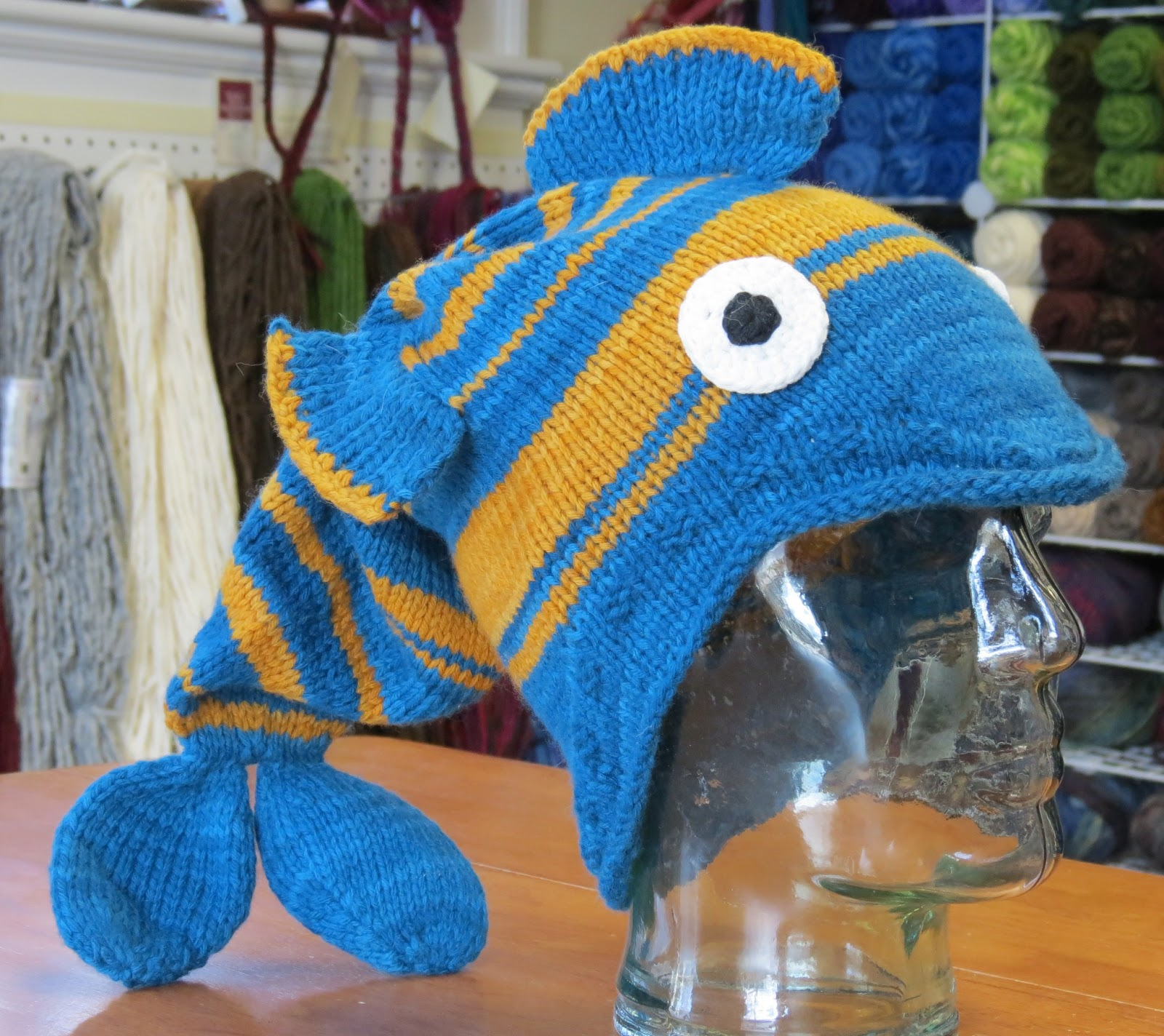 Knitting Pattern For Fish Hat : kyarns
