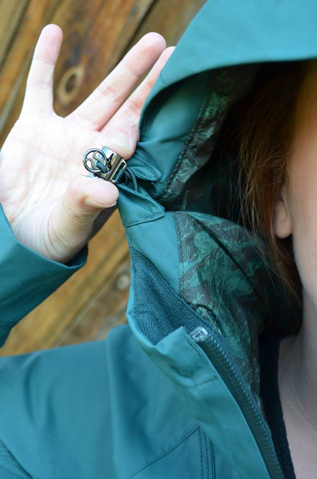 lululemon fuel green right as rain jacket