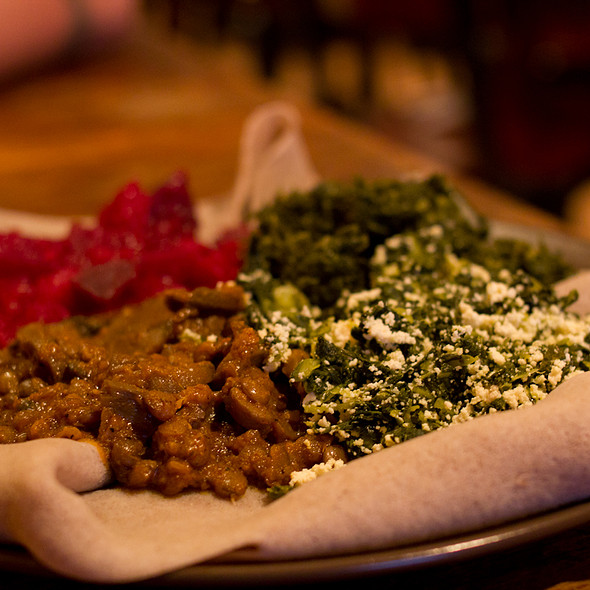 Top 5 tuesday valentine 39 s day dinner restaurants for Abay ethiopian cuisine