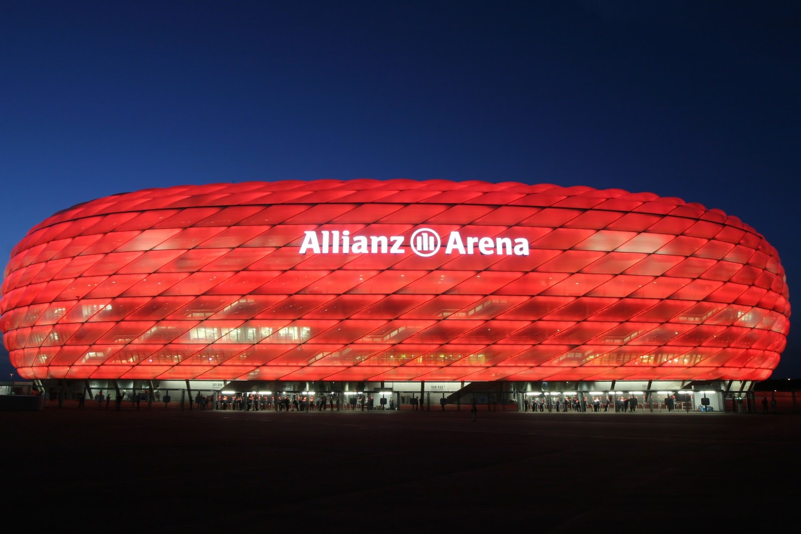 bilancio 2011 12 allianz arena m nchen stadion perdita da. Black Bedroom Furniture Sets. Home Design Ideas