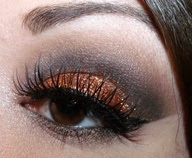 Tips praktis memakai make up agar cantik