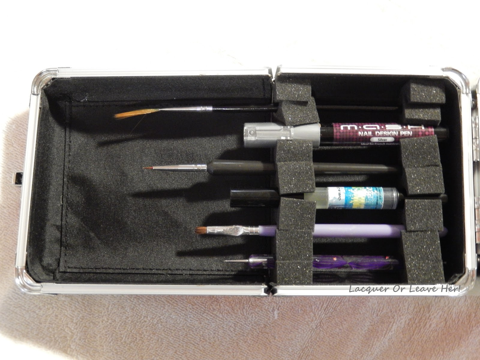 Lacquer or leave her review salon outlet nail art case nail art detail brush 4 cuticle oil pen 5 cuticle clean up brush and 6 dotting tool and notice below that when the lid is closed my brushes are prinsesfo Gallery