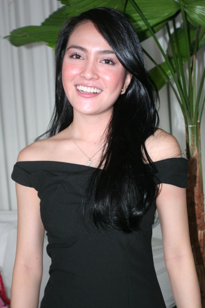 Profil dan Biodata Shandy Aulia - Blog Orang Indonesia