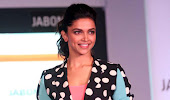 gorgeous hot sexy Deepika padukone in shorts latest hot stills at jabong event