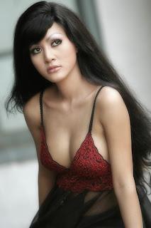 Chyntiara Alona - Artis Bugil Hot