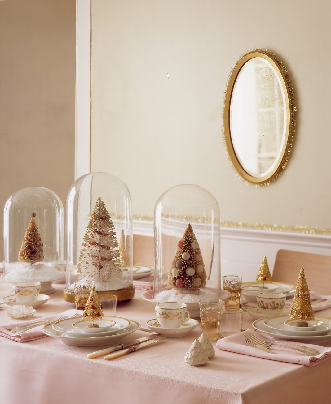 Bad blog about design holiday decorating the dining table - Deco table noel chic ...