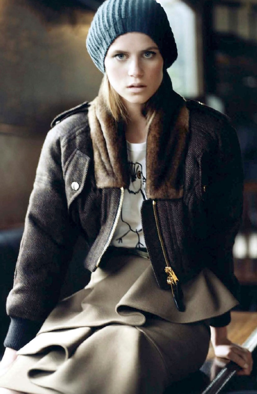 Imogen Newton in Elle France August 2012 (photography: Claire Shilland, styling: Jeanne Le Rault)