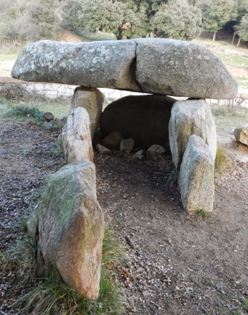 http://www.elpuntavui.cat/ma/article/5-cultura/19-cultura/797186-mes-de-5000-anys-dhistoria-ininterrompuda.html?cca=1