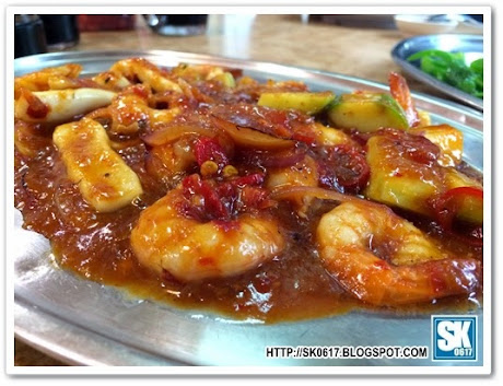 Sin Kee Brickfields - Prawns and Squid in Sweet & Spicy Sambal Gravy