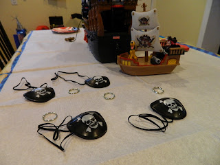 DIY pirate themed party decorations