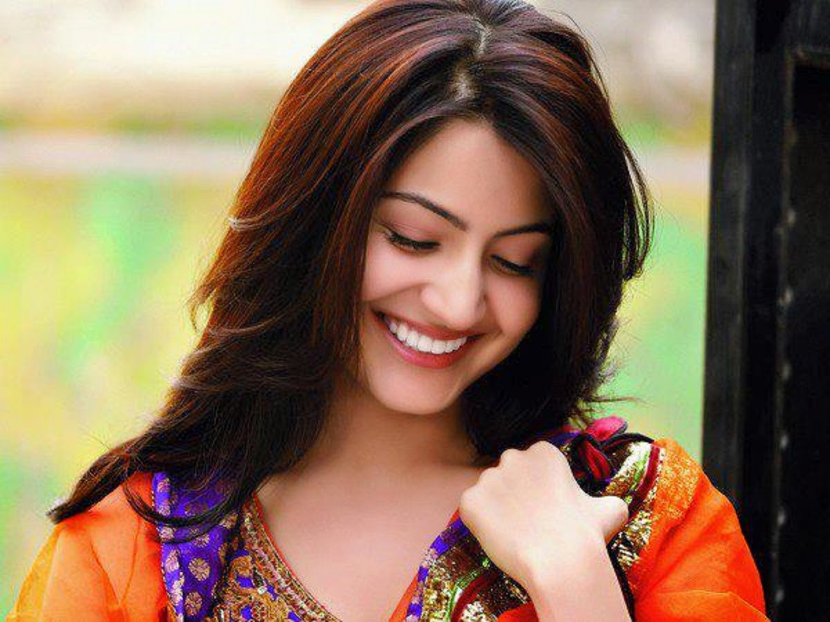 bollywood actress anushka sharma wallpapers - free all hd wallpapers