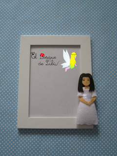 marco-comunión-personalizado-en-fieltro-muñeca-comunión-souvenir-regalo-invitados-detalles-personalizados