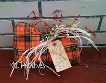 PLAID HOMESPUN PUMPKIN