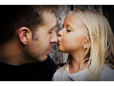 Съвети, уроци и примери за бащи на дъщери!