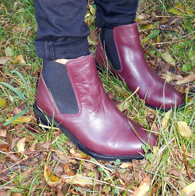 Affanita Mid Heel Chelsea Boots OOTD