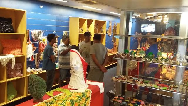 http://www.blogdofelipeandrade.com.br/2015/07/videoblog-unidade-movel-de-artesanato.html