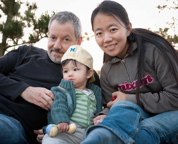 'mom, dad and ottavio' • qingdao, china © marc montebello all rights reserved