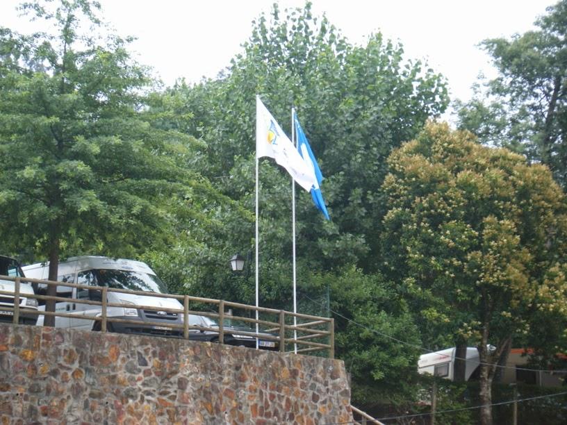 Bandeira Azul na Praia Fluvial do Reconquinho
