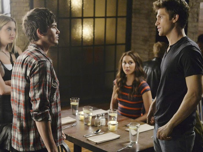 "Pretty Little Liars- No One Here Can Love or Understand Me Review: ""Just Sister Things"""