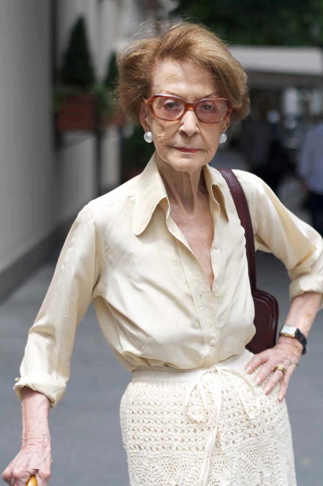 Old lady fashion show 87
