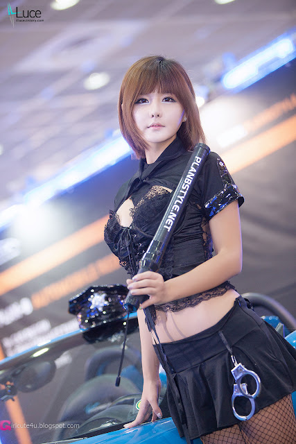 6 Ryu Ji Hye - Seoul Auto Salon 2012-Very cute asian girl - girlcute4u.blogspot.com