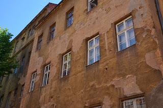 Saraybosna da delik duvarşar