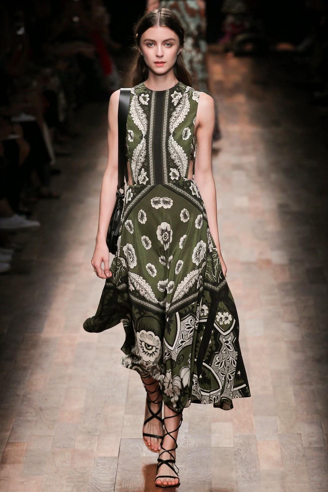 valentino 2015 summer 2016 trend women dress18 Valentino 2015 samling, våren sommaren 2016 Valentino klänning modeller, Valentino kväll klänning nya säsongen kvinnors kjolar modeller