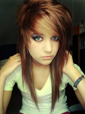 http://2.bp.blogspot.com/-SXCBWLZzdB0/TgMsy-EgBNI/AAAAAAAAMUA/c_r4b-k6L3Q/s1600/medium_length_layered_hairstyle_pictures_long-emo-hairstyles-for-girls.png