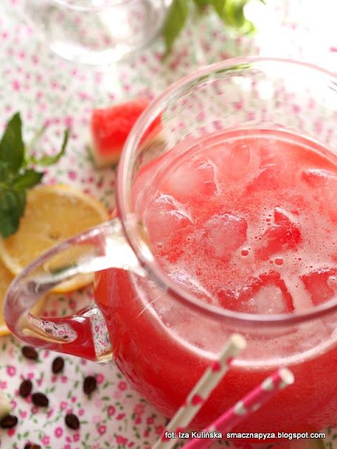 napój arbuzowy , arbuziada , napoje na lato , arbuz , zimne napoje , orzeźwienie