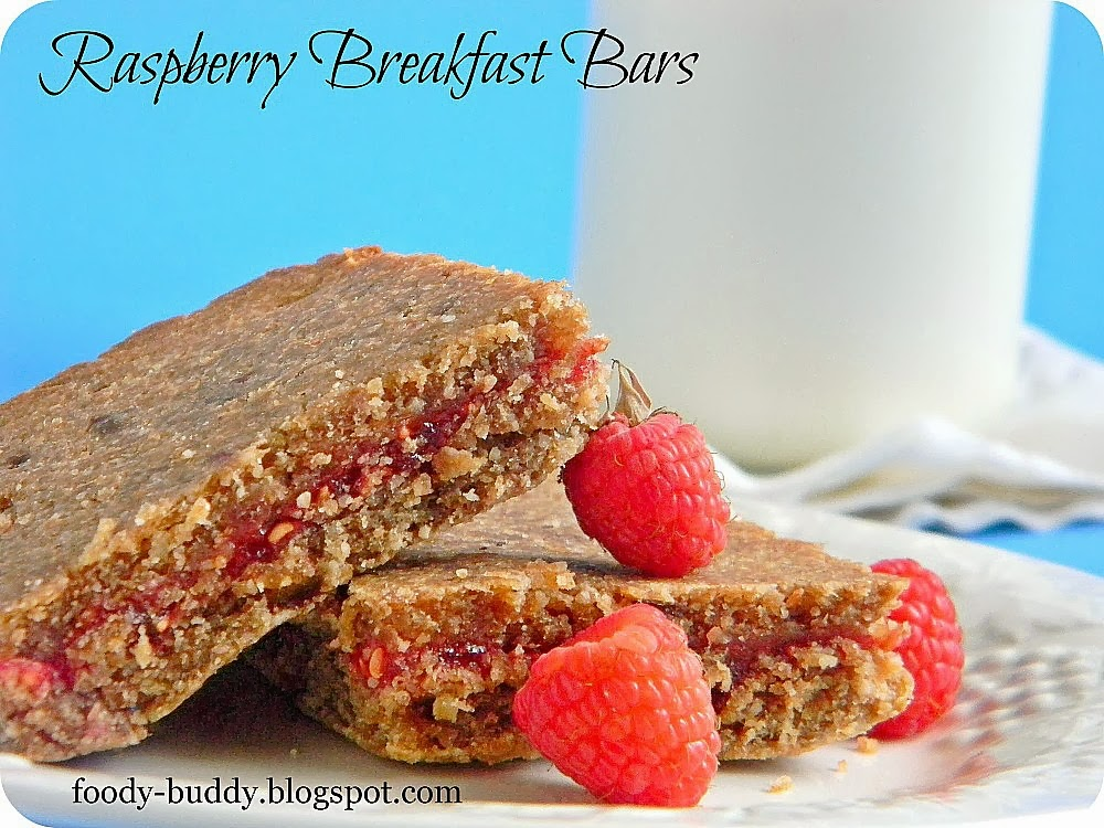 Raspberry Breakfast Bars / Healthy Breakfast Bars - FoodyBuddy