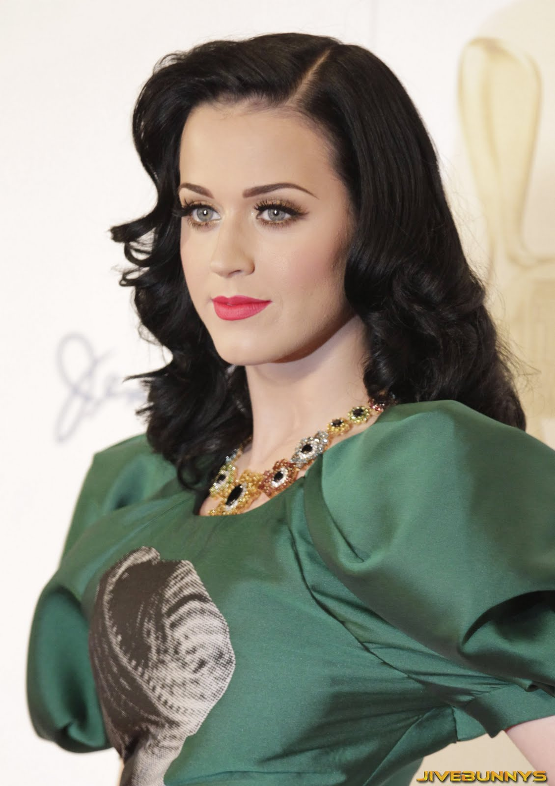 katy perry beauty singer - photo #48