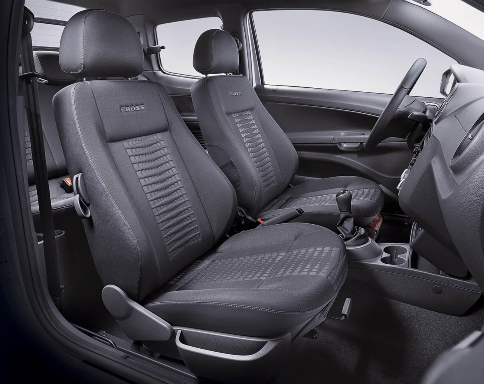 VW Saveiro Cabine Dupla 2015 Cross - interior